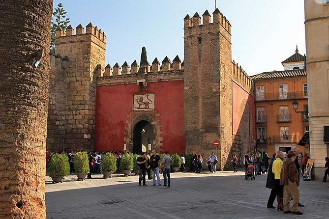 Private Tour: Seville Day Trip from Madrid by High-Speed Train with Tickets