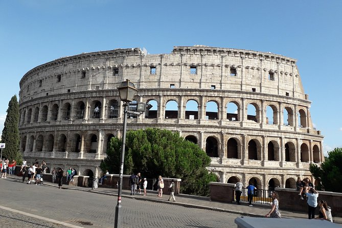 Colosseum tour with fast & priority entrance