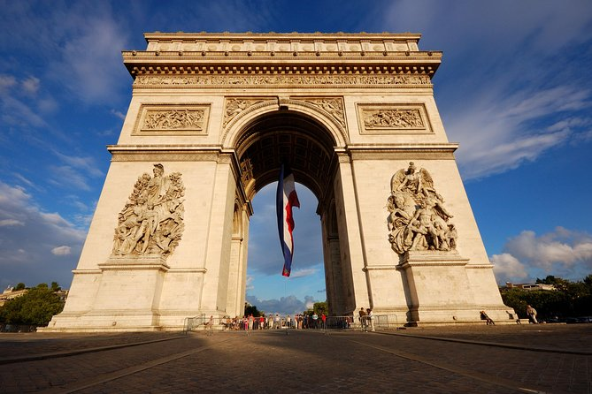 Transport to your destination from Paris airports