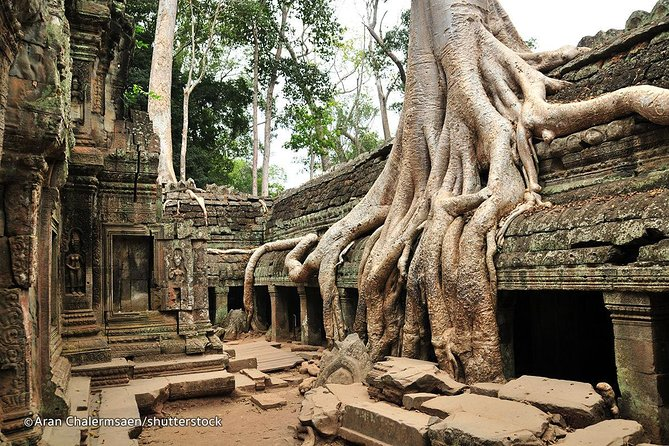 2-Days Tours Angkor Small Groups , City Tour and Floating Village