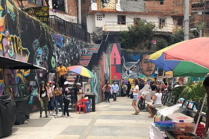Graffiti Tour Medellin (Precinct 13) and Plaza Botero Tour