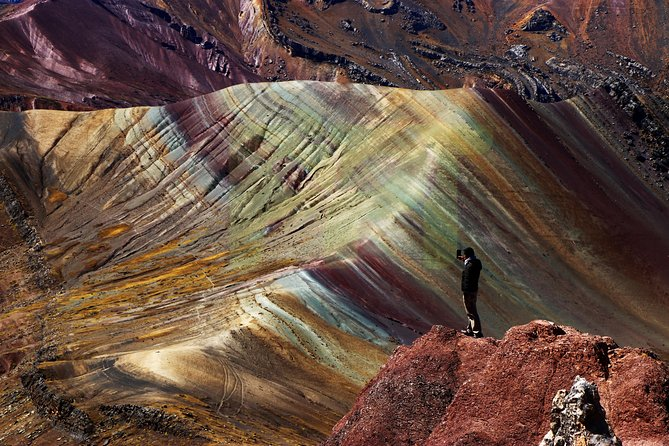 Palcoyo Mountain: Alternative Rainbow Mountain Tour