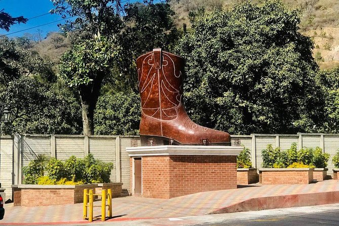 Visit The Leather Boots Town in Antigua - Shore Excursion From Puerto Quetzal