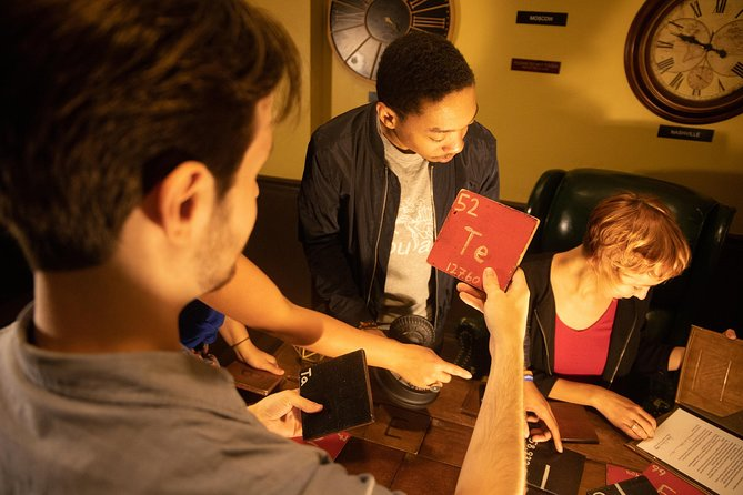 The Inheritance Mystery Room - Escape Experience photo 7