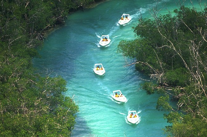 Ziplines and speedboats in Cancun