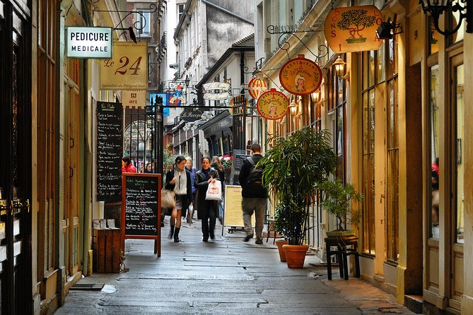 Chocolate, Pastries & Macaron Walking Tour of Saint-Germain photo 2