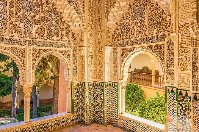 Private Day Trip to Alhambra from Seville