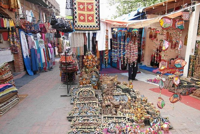 Delhi shopping tour in a day
