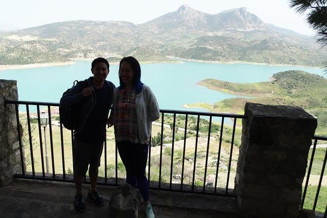 Hiking Day Trip to La Garganta Verde and Zahara de la Sierra from Seville
