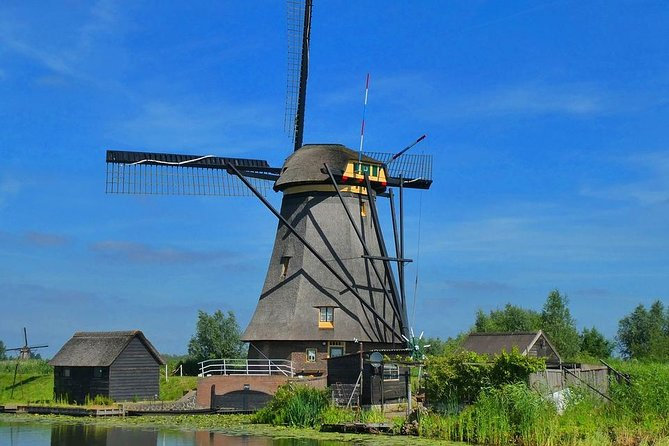 Private Day Trip From Amsterdam to Rotterdam and Kinderdijk