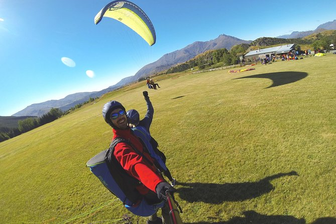 Coronet Peak Tandem Paragliding Higher Take off - Aerobatic flight INSTRUCTIONAL