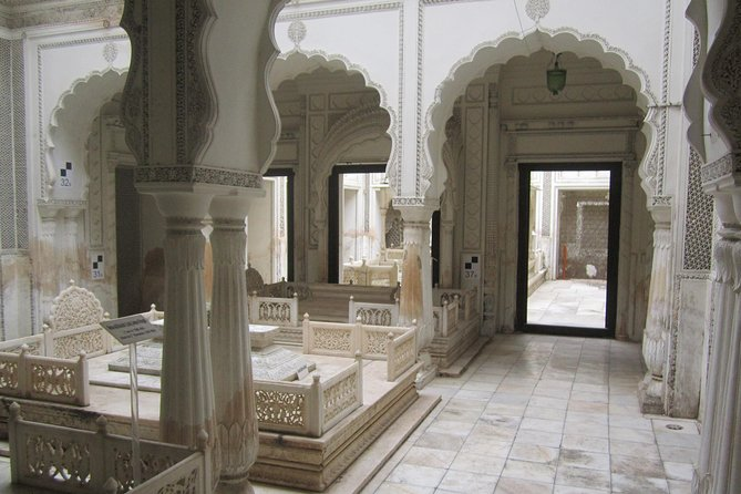 Full Day Museums Sightseeing Tour of Hyderabad