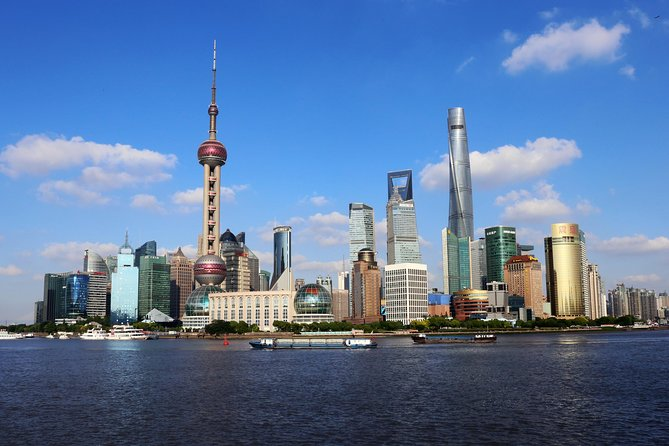 Best of Shanghai Day Tour, including Jade Buddha Temple & Bund & Yuyuan Garden