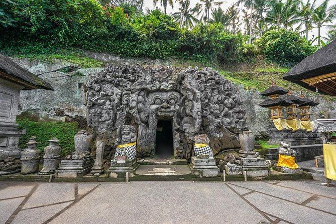 Ancient Tour to Yeh Pulu and Goa Gajah