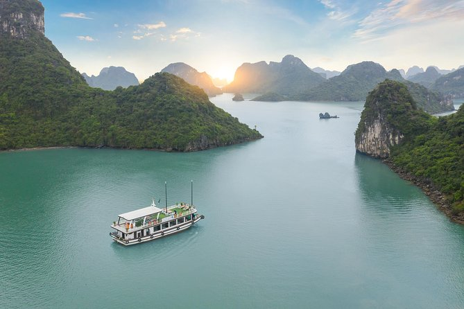 Halong - Lan Ha Bay Explore Incredible Cave in 1Day Full Activities