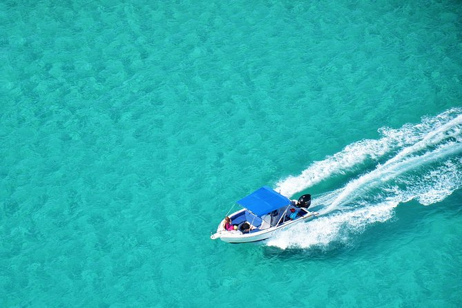 Full-Day Private Speedboat Tour to Ile Aux Cerfs