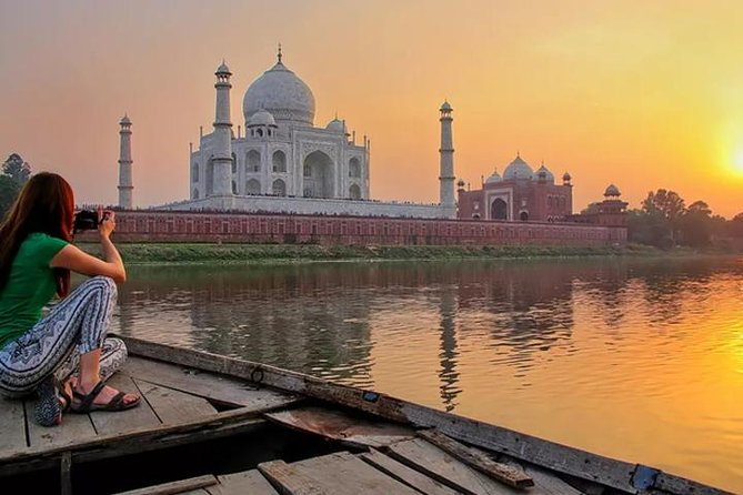 Sunrise Taj Mahal Tour From Delhi By Car With Breakfast, Lunch