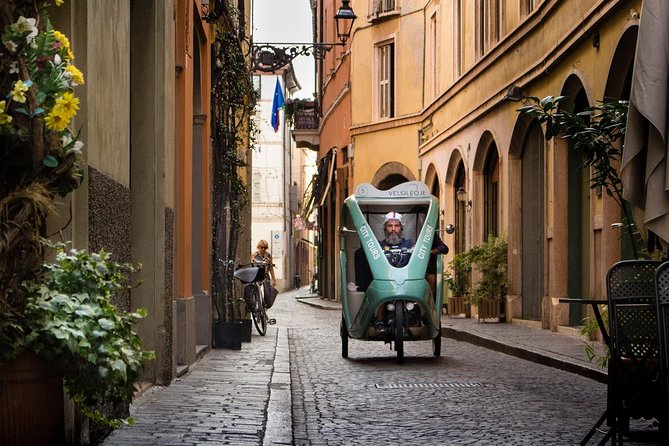The beauty of Parma - Two Hours Rickshaw Tour
