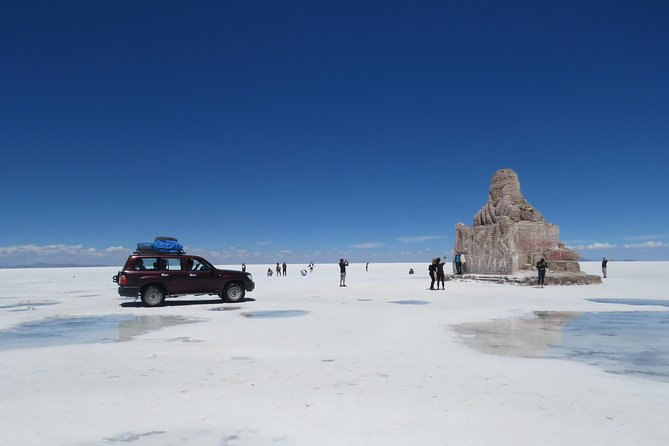 Full Day Uyuni salt flats with overnight in salt Hotel. photo 8