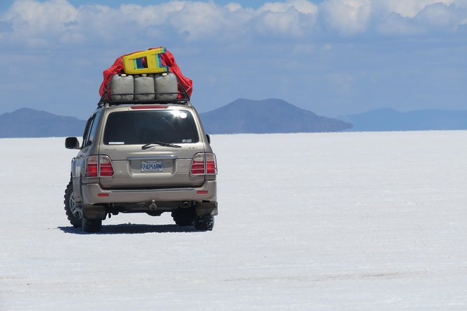 Full Day Uyuni salt flats with overnight in salt Hotel. photo 10