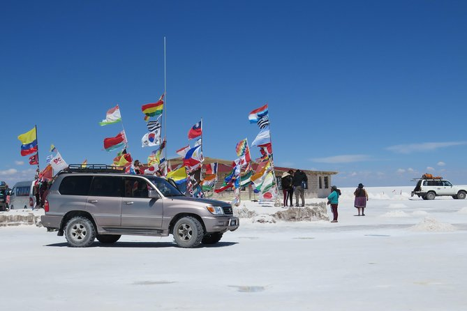 Full Day Uyuni salt flats with overnight in salt Hotel. photo 9