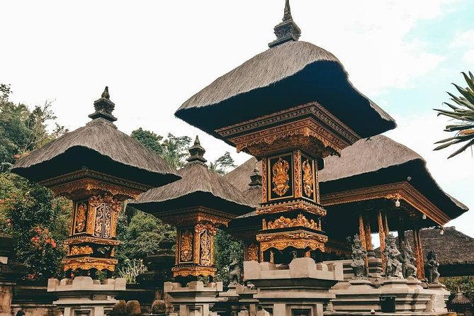 Private Tour in Bali: Ubud Scenic Tour and Tanah Lot Temple at Sunset