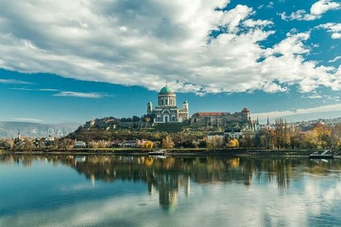 Budapest Danube Bend Full-Day Tour with Lunch