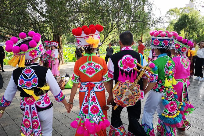 5-Hour Kunming Classic Tour: Grand View Tower, Yuantong Temple, Green Lake Park