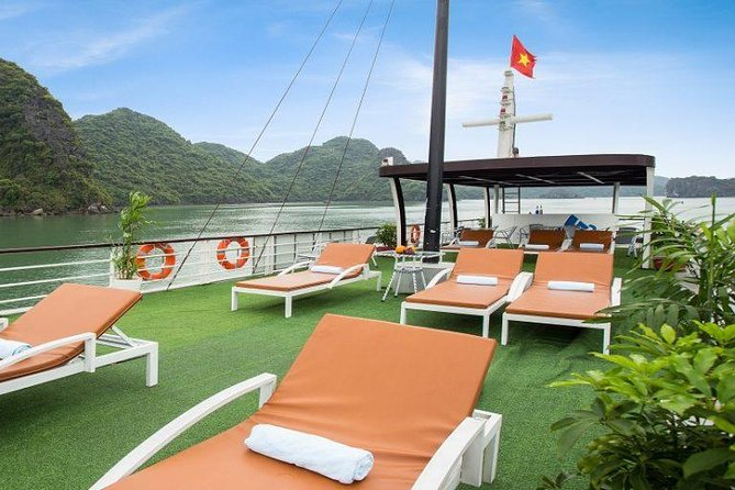 Discover Lan Ha Bay Luxury Tour With Kayaking and Delicious Lunch on Boat photo 11