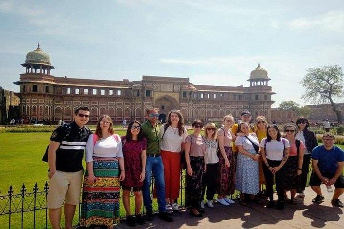 Taj Mahal e Agra Tour por 2 dias de trem