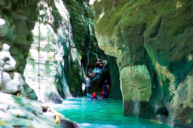 Amber Cove Cruise Ship – 12 Waterfalls