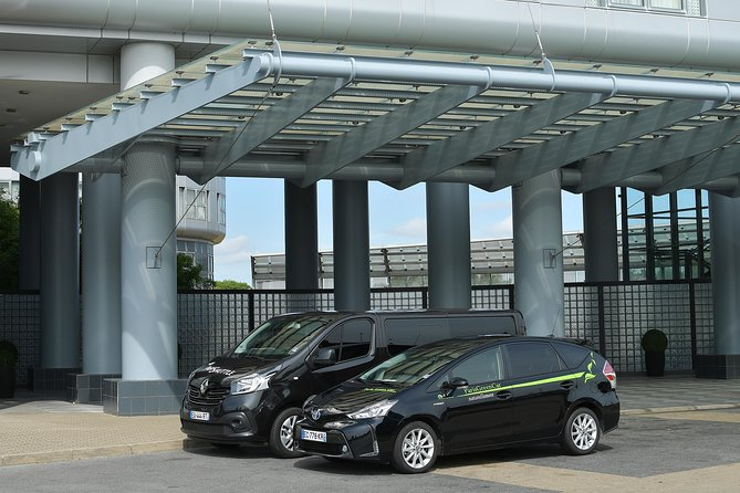 Semi Private Arrival Transfer: Charles de Gaulle Airport (CDG)