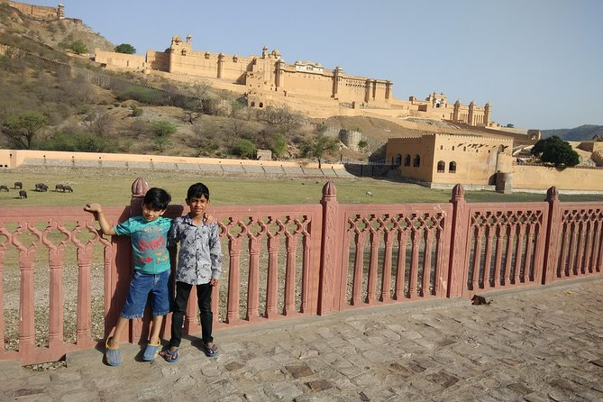 4Night and 5Days Triangle Tour from Jaipur > Agra > Delhi . photo 6