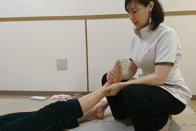 Mindfulness.Foot massage lesson in Samurai house!! photo 1