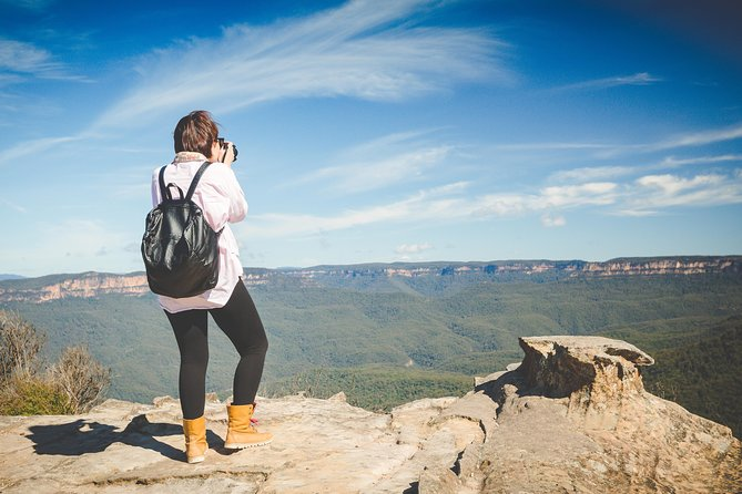Small-Group Blue Mountains Tour with Bush Walks and Featherdale Wildlife Park