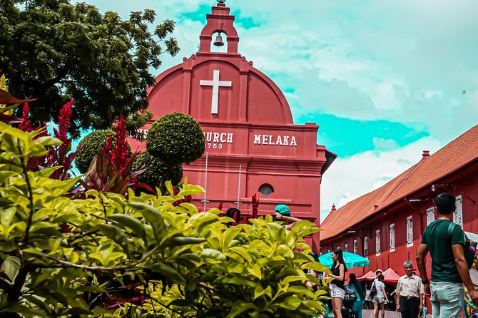 16 Hrs Tailored Melaka Highlights Van Tour from Singapore