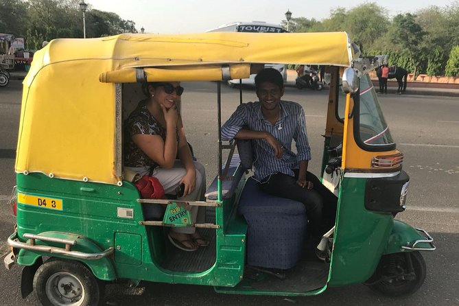 Visit Jaipur by tuk tuk with English speaking driver