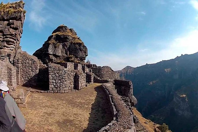 Waqra Pukara (Day Trip)