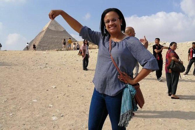 8 hours trip to Giza pyramids , Sakkara& Memphis with private car & driver only