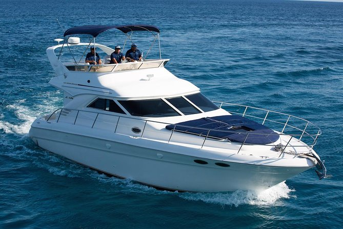 4-Hour Private 42' Sea Ray Yacht Tour w/ Food, Open Bar & Snorkeling