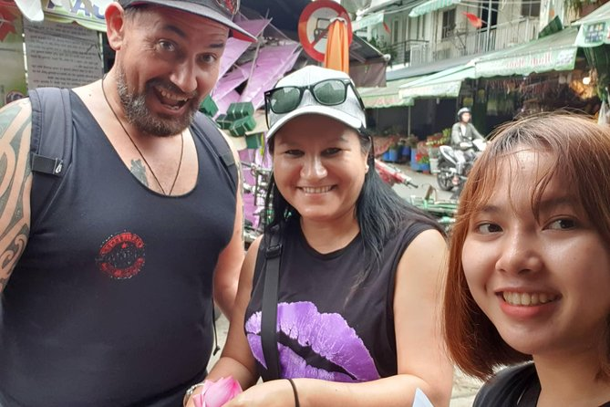 Saigon local street food-tasting tour