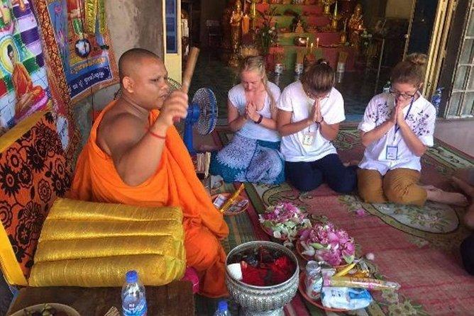 Privat Tonlesap sø, Monk Blessing & Phare Circus show med middag