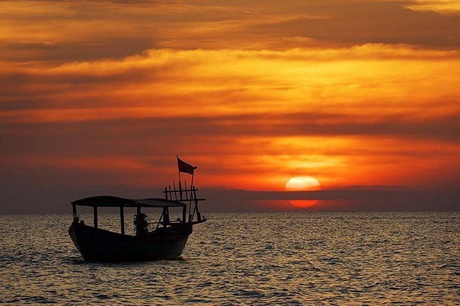 Sunset Cruise on Tonle Sap Lake with Cambodian drinks and Canape