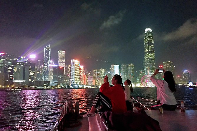 2-Hour Dinner & Shows on Victoria Harbour Night Cruise photo 4