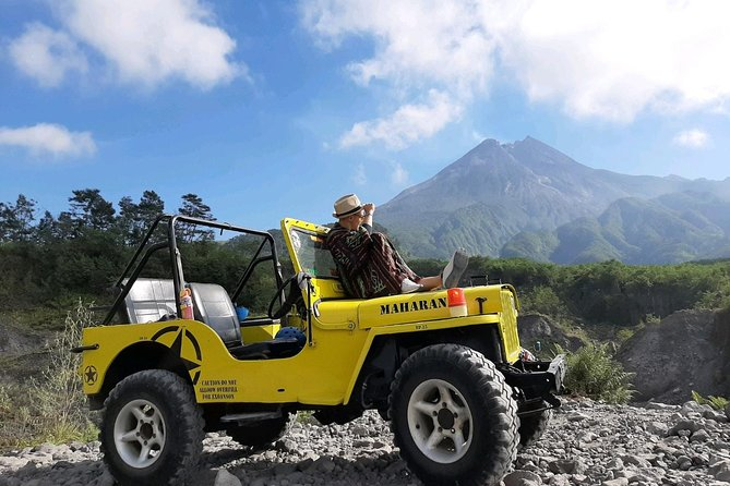 Yogyakarta Jeep Lava Tour Merapi with English / Dutch / Italian / French Guide