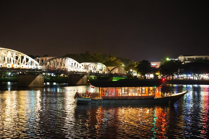 Romantic Dinning Cruise On Huong River photo 3