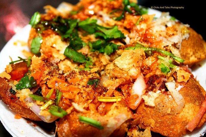 From Varanasi: Street food tour with Evening Ganga Aarti