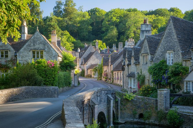 Cotswolds Experience - full day small group day tour from Bath ( Max 12 persons)