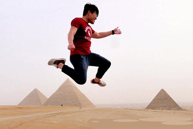 Sightseeing Day Tour to Pyramids, Egyptian Museum and Bazaar from Giza or Cairo photo 1