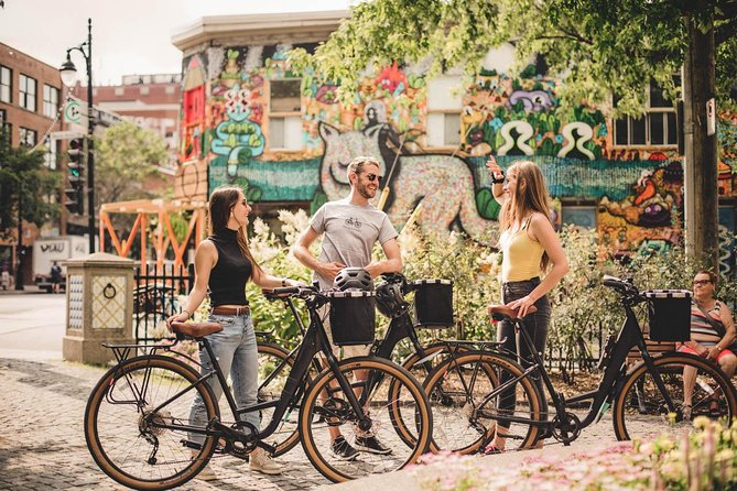 Montreal Bike Tour: Hoods & Hidden Gems